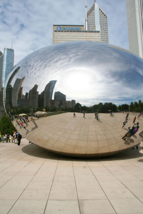 This sculpture has inadvertently become one of Chicago's main tourist attractions, and it's easy to see why!