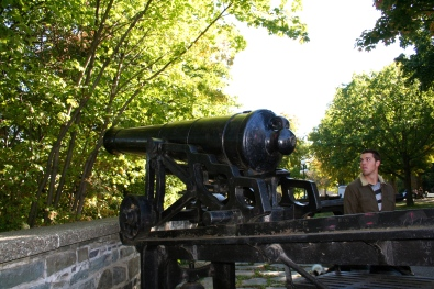 There were lots of cannons throughout the city