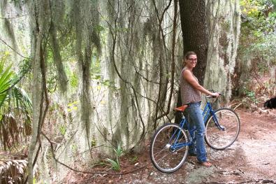 Gertie looks so pretty in the wilderness of Savannah!